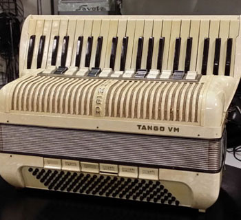 Accordeon d'occasion Hohner Le Piano à Bretelles