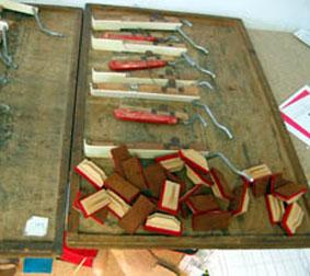 Fabrication de soupapes lors de la réparation d'un clavier d'accordéon